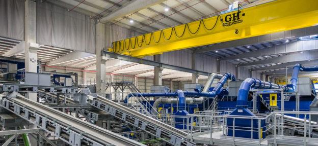 grua-puente-planta-de-tratamiento-de-residuos-de-Sogama