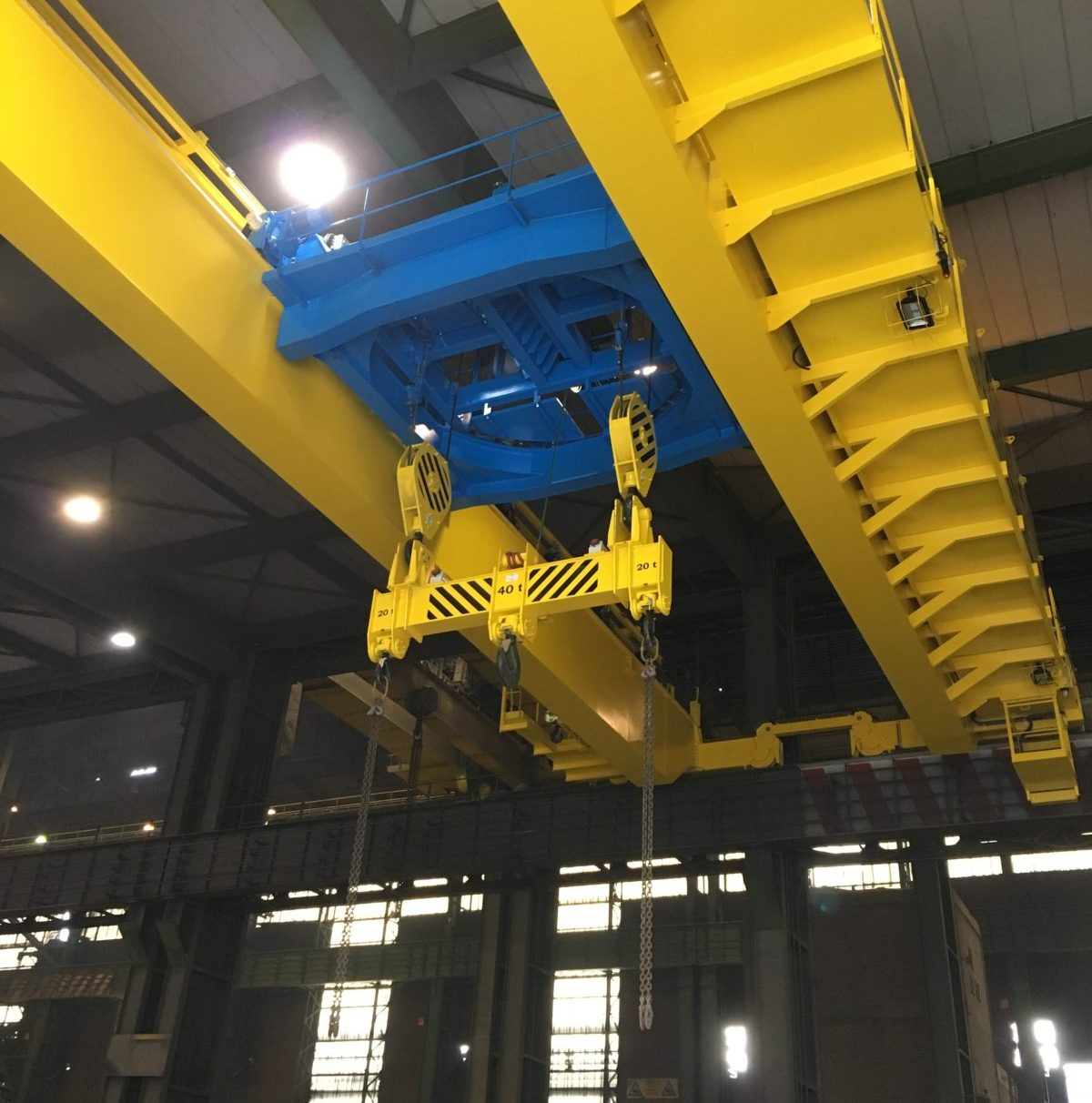 Billet crane with a rotating trolley Sidenor