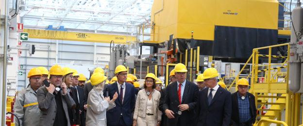 Grúa puente para la nueva factoría de inyección de aluminio de RENAULT