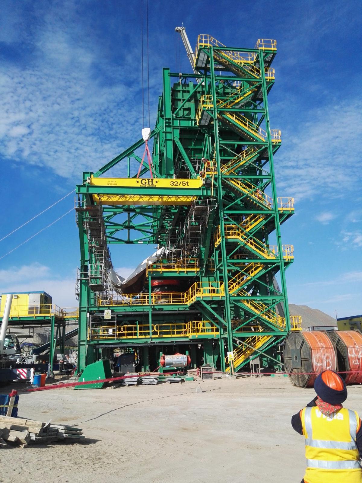 El cliente minero valora la incorporación de sistemas de seguridad en las grúas