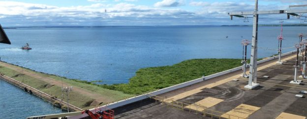 Grúas pórticos para la central hidroeléctrica de Jupiá en Brasil