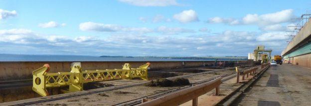 Pórticos limpa grades para usina hidrelétrica de Jupiá – Brasil