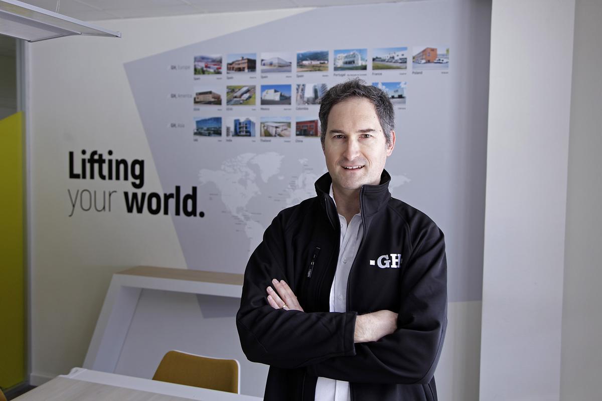 Carlos Aguirre Director de la Unidad de Negocio de Soluciones Estandar de grúas GH Cranes