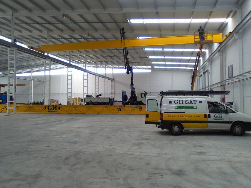 <br>Installation of bridge crane with hoist with a lifting capacity of 5t for Silos Cordoba