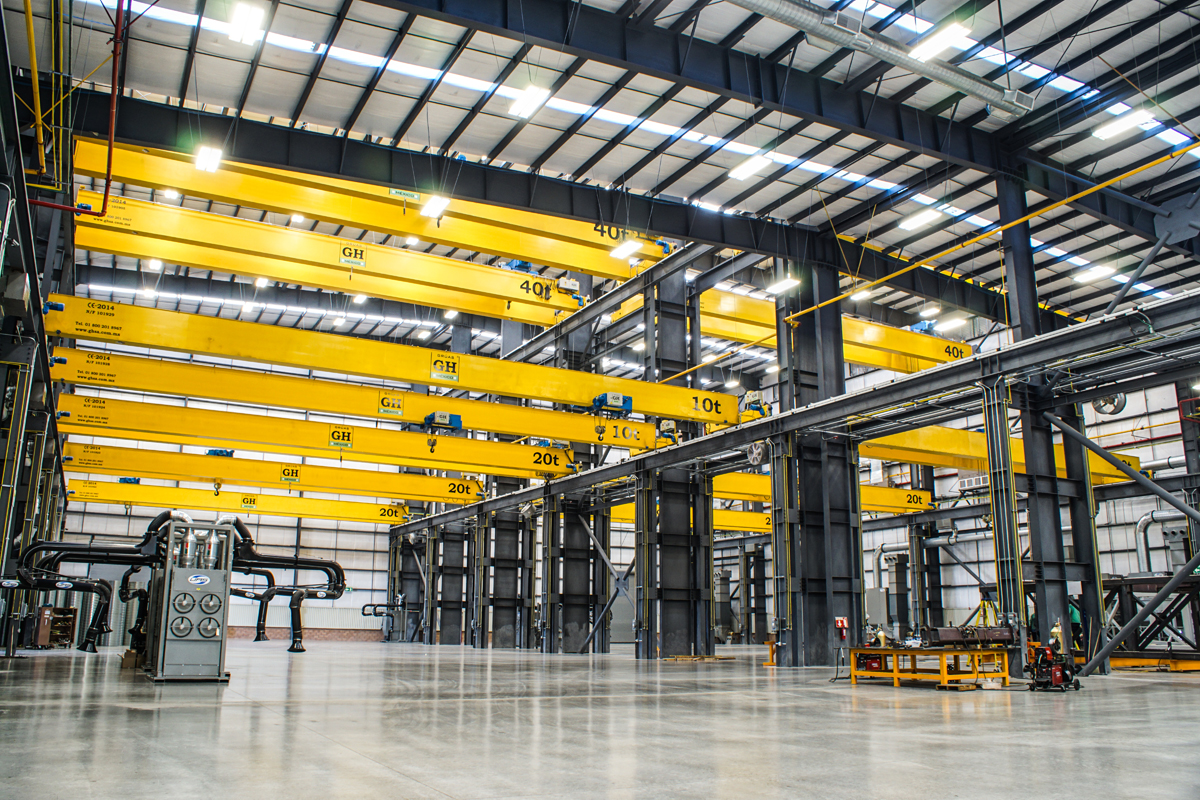 <br>Several overhead cranes installed with different lifting capacities hoists in Mexico