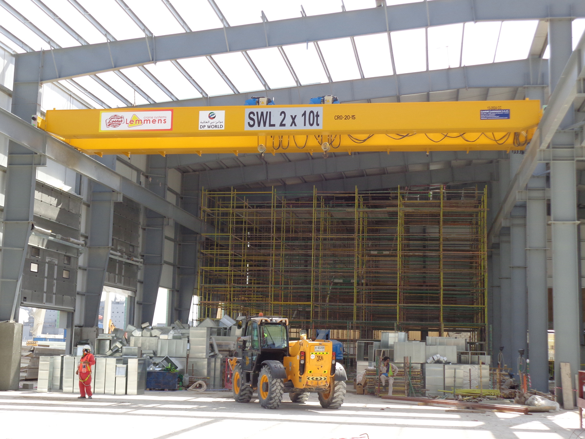 <br>Crane with two hoists of 10t lifting capacity each for the customer Lemmens in Lootah (Dubai)