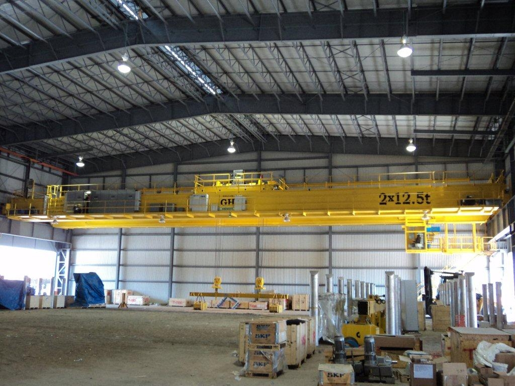 <br>Double girder bridge crane with two hoists of 12.5t lifting capacity for Ternium in Mexico