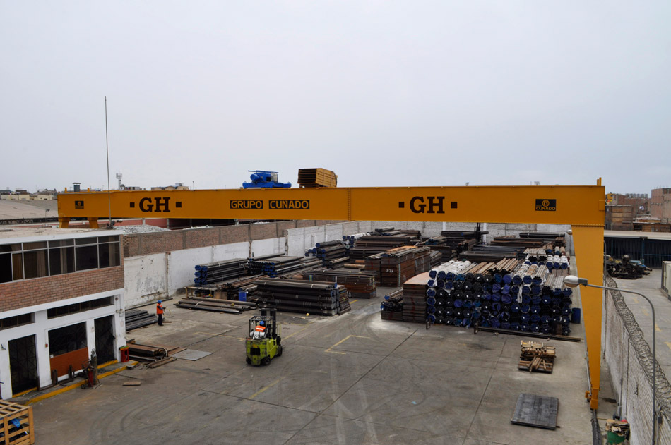 <br>Semigantry crane for Grupo Conado for steel works.