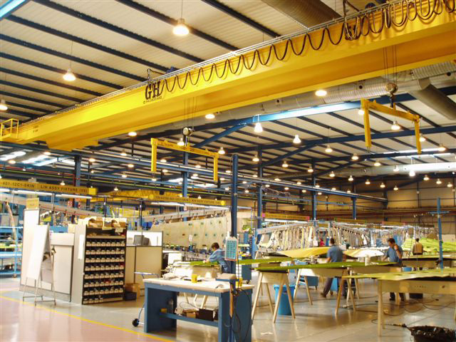 <br>Installation of GH CRANES &amp; COMPONENTS gantry cranes in Aerospace industry.