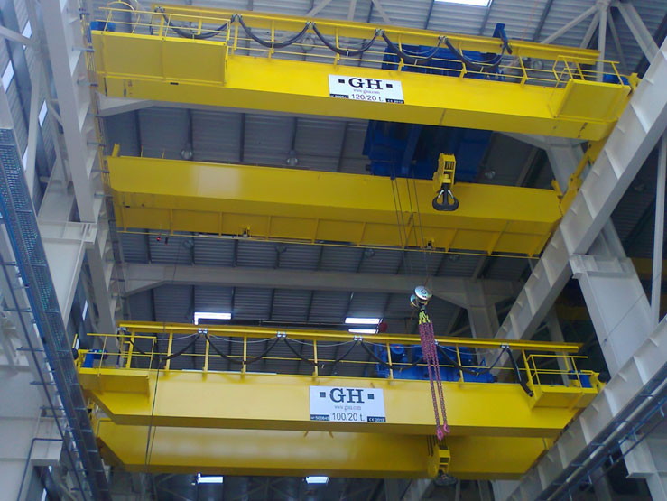 <br>Two EOT cranes for Alkargo. The upper one has two 120t hoists, and the lower a 100t hoist and a 20t one.