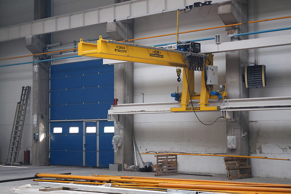 <br>2 units of Double Girder Cantilever Crane Q=2t, Length of the arm=5 m, H=4 m.