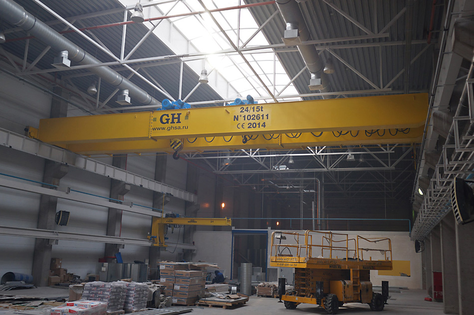 <br>Double Girder Overhead Bridge Crane with 2 independent and synchronized trolleys Q=24/15 t, L=31,9 m, H=8,125 m;