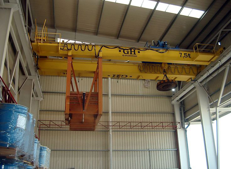 <br>Installation of GH Cranes & Components EOT crane of 7,5t for the foundry sector. Customer: Fundiciones Caetano.