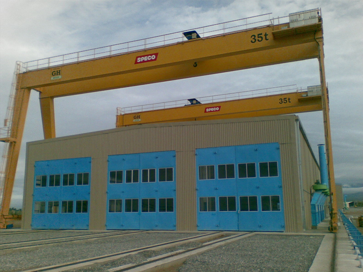 Gantry crane with a 36t hoist for Speco in Mexico.