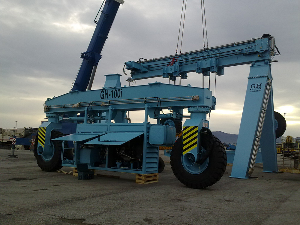 <br>GH CRANES &amp; COMPONENTS automotive gantry crane on tires of 2x50 tonnes installed in Santander.