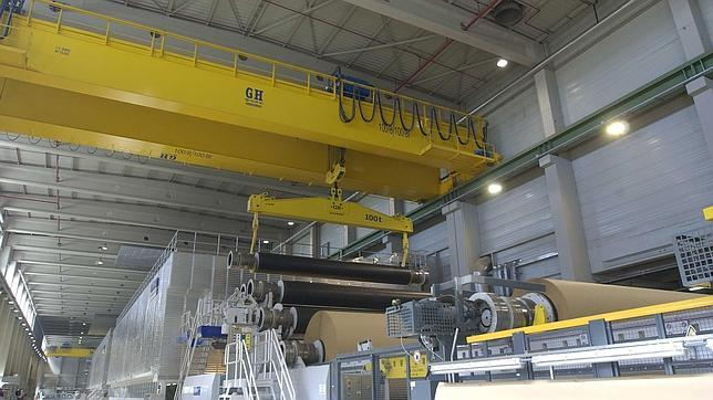 <br>Bridge crane with hoist of 100t of lifting capacity for Saica